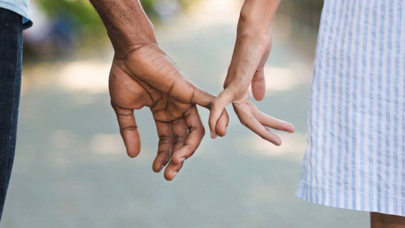 Retrouver l'amour après un deuil : comment passer le cap ?