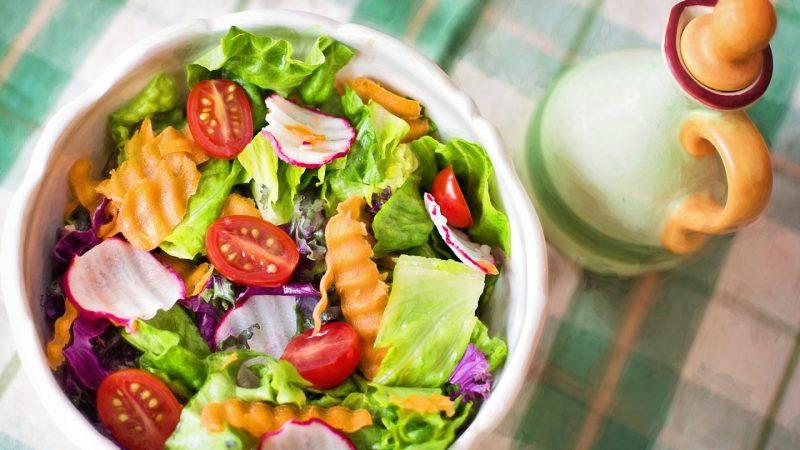 La salade composée : un plat complet bon pour la santé