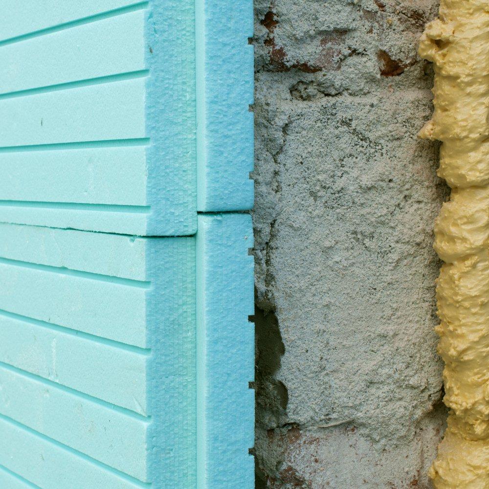 Réduisez les nuisances sonores extérieures en isolant votre mur
