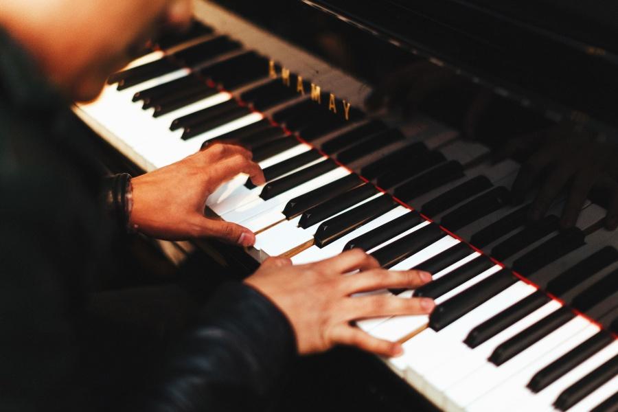 Déménagement: transporter un piano droit ou à queue en faisant appel à une entreprise de déménagement